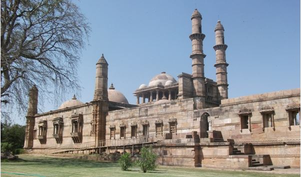 champaner - the backpackers group - Heritage Site In India