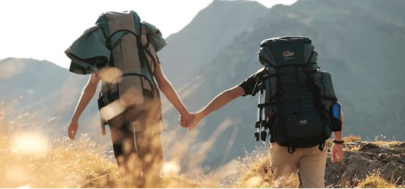 strengthen-you-relationship-10-things-everyone-learns-travelling-solo-the-backpackers-group