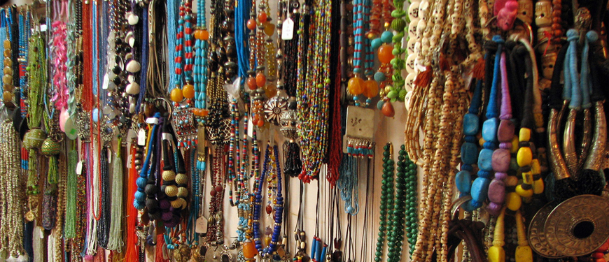 Shopping in rishikesh - Rishikesh A Blissful Abode - The Backpackers Group