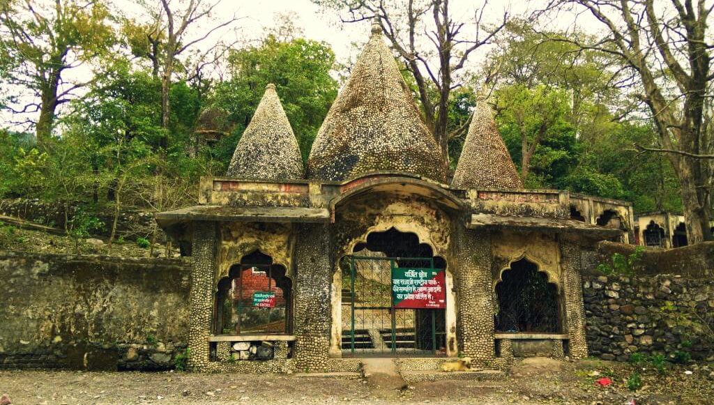 Chaurasi Kutiya Entrance - Beatles Ashram - Rishikesh - Uttrakhand - The Backpackers Group