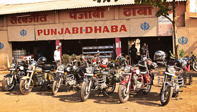 Travellers Pit Stop - The Dhaba - Coloring the faded history - The Backpackers Group