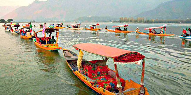 Vibrant Shikara Festival - Srinagar - The Backpackers Group