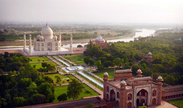 Charbagh - Taj Mahal - Taj Mahal Garden - Garden Of Paradise - The Backpackers Group - V2