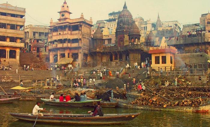 Manikarnika Ghat - Varanasi - The Backpackers Group