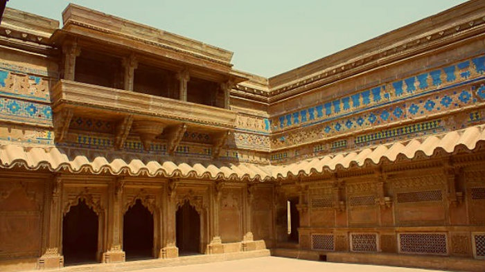 Man Singh Tomar Palace - Gwalior Fort - Madhya Pradesh - The Backpackers Group