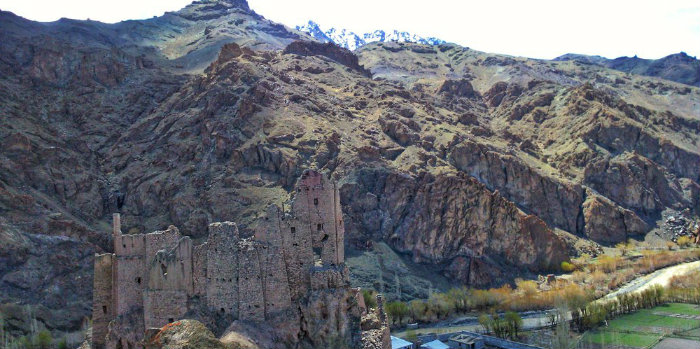 Chiktan Fort - Kargil - The Backpackers Group