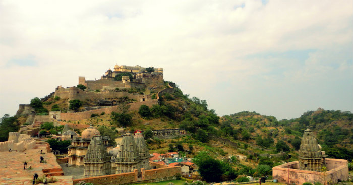 Kumbhalgarh Fort - Underrated Marvel of India - Rajasthan - The Great Wall Of India - Fort View - The Backpackers Group.