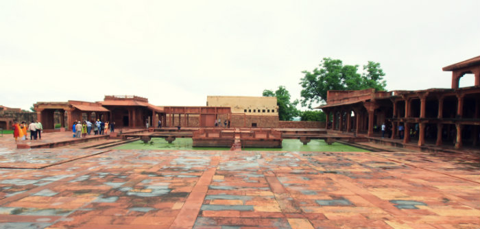 Fatehpur Sikri - The Abandoned Capital of Akbar - Anoop Talao - Agra - The Backpackers Group.