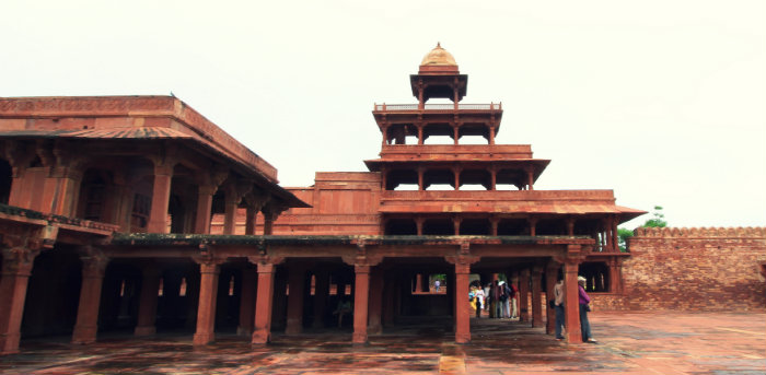 Fatehpur Sikri - The Abandoned Capital of Akbar - Fort - Agra - The Backpackers Group.