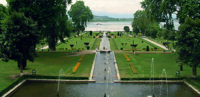 Shalimar Garden - The Earthly Paradise - Nishat Bagh - Charbagh - Srinagar - The Backpackers Group.