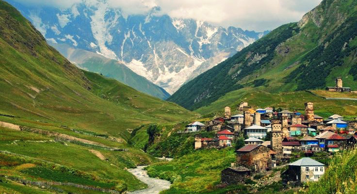 Lahaul - The World of Myths and Wonders - Spiti Valley - Sissu Village - The Backpackers Group